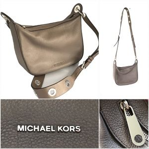 Michael Kors Crossbody pebble leather taupe bag